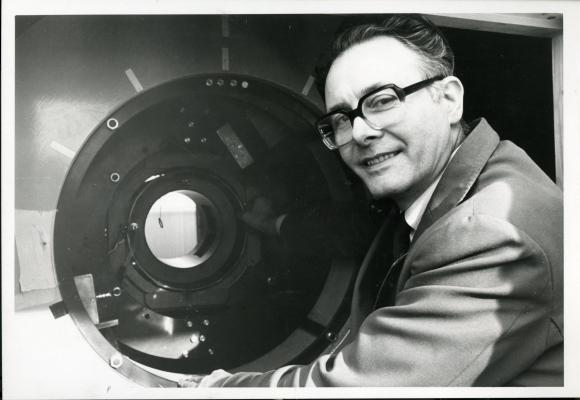 Sir Peter Mansfield, early MRI trials, obituary, University of Nottingham